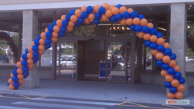 Grand Opening Sale Event, Spiral Balloon Entrance